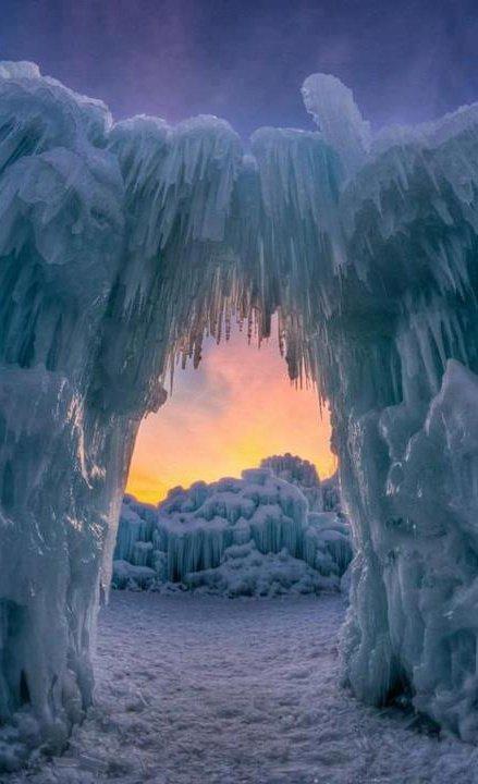 Ice Arch, Utah, USA